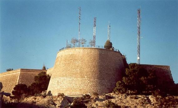 Castillo-de-San-fernando-en-Monte-Tossal