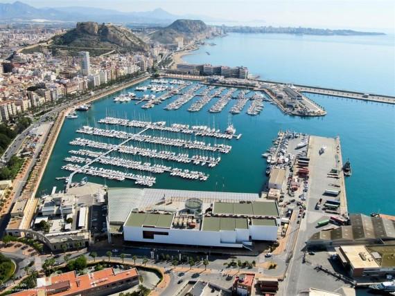 puerto la marina de Alicante